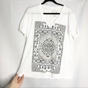 Lucky white boho v neck t shirt S